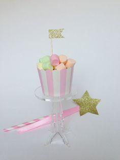 2+Alzatine+porta+cupcake+in+plexiglass+trasparente++/+by+Partytude,+€6.00