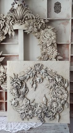 Diy Furniture Appliques, Deco Baroque, Orchard Design, Diy And Crafts, Arts And Crafts, Plaster Art, Clay Art Projects, Iron Orchid Designs, Paper Clay