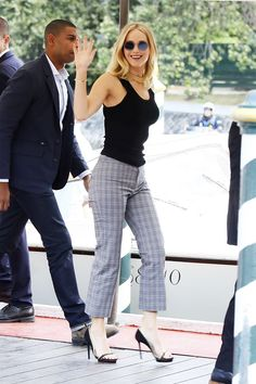 Venice Film Festival The most-talked about fashion and moments - Hey, J-Law! Jennifer Lawrence looked chic while making her first official Venice Film Festival appe - Katniss Everdeen, Jennifer Lawrence Body, Jenifer Lawrens, Hollywood Actresses, Actors & Actresses, Jennifer Laurence, Manequin, Actrices Hollywood, Film Festival