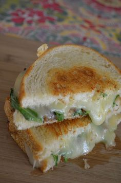 Grilled Cheese And Short Rib Sandwiches With Pickled Caramelized ...
