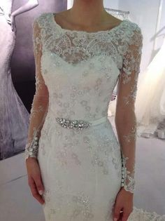 Sweetheart neck with beaded mesh wedding dress