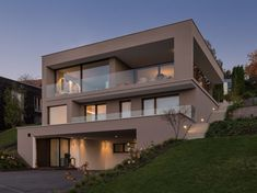 # modern luxushaus mit pool# Luxushau… # Family house # hang house # modern # stainless steel pool # luxury house with. Luxury Modern Homes, Modern Mansion, Dream House Interior, Interior Design Living Room, Modern Architecture House, Amazing Architecture, Minimal House Design, House Cladding, Hillside House