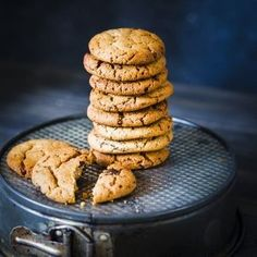 These BEST Crunchy Peanut Butter Cookies are one of our favourite treats at home, made with smooth peanut butter. Easy Peanut Butter Cookies, Peanut Butter Cookie Recipe, Chocolate Peanut Butter, Sugar Cookies, Cut Out Cookies, Best Cookie Recipes, Homemade Cookies, Vegetarian Recipes Easy, Recipe Images