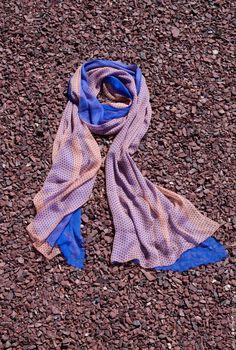 Купить Шёлковый шарф нежно пудрового цвета в синий горошек - комбинированный, в горошек, однотонный шелк