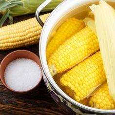 Najlepšia varená kukurica: Zisti zaujímavé fakty o tejto pochúťke! Ale, Vegetables, Food, Ale Beer, Essen, Vegetable Recipes, Meals, Yemek, Veggies
