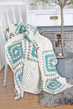 white, turquoise, grey granny blanket. Yes! Yes! Every thing about this yes!