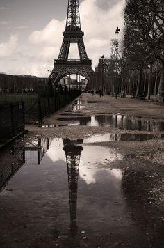 Paris #10 - Tour Eiffel by - Fabrice TRINITE on Flickr.