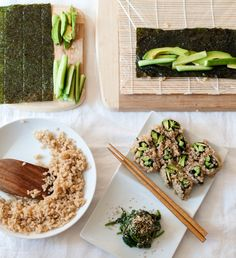 Vegetable Sushi Roll & Spinach Sesame Miso Salad (Goma-ae) - The Scratch Artist Brown Rice Sushi, Japanese Side Dish, Steamed Spinach, Sushi Roll Recipes, Vegan Main Course, Miso Dressing, Vegan Recipes, Vegan Food, Sushi Rolls