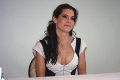 Beautiful Celebrities, Most Beautiful Women, Sandro, Sandra Bullock Hot, Bionic Woman, Sexy Older Women, Gwyneth Paltrow, Celebs, Female Celebrities