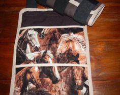 Brun/Beige Handcrafted Prestige glace bottes pour chevaux. Vient dans une paire (x 2 bottes). Usages multiples. Nouveau produit !