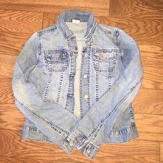 Denim jacket Usedgood condition Merona Jackets & Coats Jean Jackets