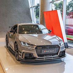 Top Luxury Cars, Luxury Sports Cars, Sport Cars, Audi Sport, Audi Tt, Audi Quattro, Mercedez Benz, Lux Cars, Modified Cars