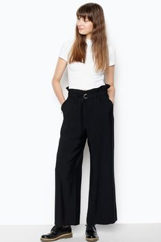 Paper-bag waists and wide leg trousers are chicer than you think. The new waist of the season is comfy, cosy and widely anticipated to be the next big thing. Make sure you bag yourself a pair! You won't regret it.