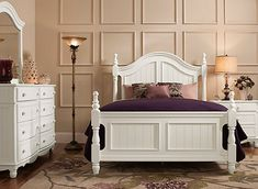 Invigorate your bedroom with the Willow Point 4-piece king bedroom set. The crisp white set brightens your space, infusing it with an energy you'll appreciate every morning. Surround the set with bold colors, warm woods or subdued earth tones—this set's neutral coloring provides complete design versatility.