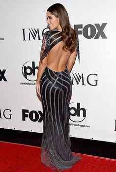 Paulina Vega Photos - Miss Universe Paulina Vega attends the 2015 Miss Universe Pageant at Planet Hollywood Resort & Casino on December 2015 in Las Vegas, Nevada. - The Annual Miss Universe Pageant - Arrivals Miss Universe 2015, Planet Hollywood, Ootd, Pageant, Red Carpet, Sexy, Hairstyle, Womens Fashion, Outfits