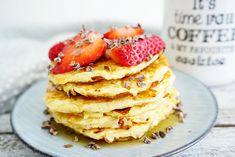 My Kitchen Stories - Churros-pannkakor med krämig nutellasås Fast Healthy Meals, Healthy Snacks, Savory Breakfast, Breakfast Recipes, Low Carb Recipes, Healthy Recipes, Cottage Cheese Pancakes, Healthy Baking, Love Food