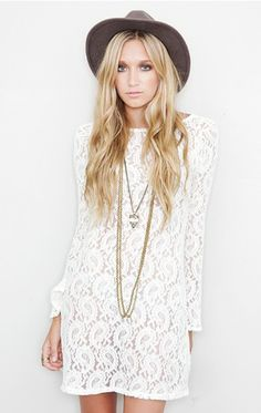 Paisley lace, layered boho necklaces and taupe wide brim. Pretty threads for spring.