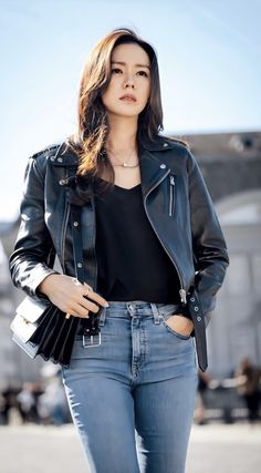 sister Sohn Ye-jin wearing a rider's jacket and popping jeans Mode Outfits, Korean Outfits, Fashion Outfits, Korean Actresses, Korean Actors, Korean Girl, Asian Girl, Looks Black, Korean Celebrities
