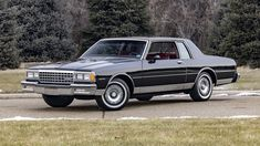 Chevrolet Caprice, Chevy Caprice Classic, Chevrolet Sedan, Chevrolet Cobalt, Buick Roadmaster, Corvette Convertible, Old Classic Cars, Chevrolet Corvette, Automatic Transmission