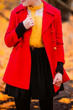 wear yellow and red together in an outfit in autumn