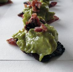 Guacamole Bacon Canapes - Primal, Paleo, Kid Friendly and Clean Eating Canapes are not something that would appeal in our house, mainly because bite size food would not last more than 5 seconds and the traditional canapes usually involve some bread. Bite Size Food, Primal Recipes, Canapes, Guacamole, Bacon, Clean Eating, Foods, Ethnic Recipes, Easy