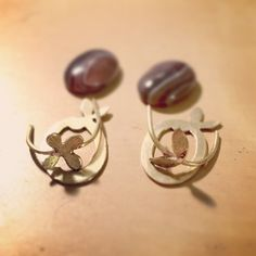 Making cabochon earrings