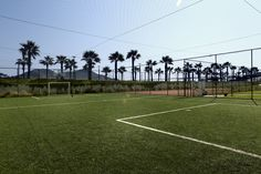 A football court for pro's and future pro's