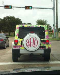 My Dream Car: Lilly Jeep with monogrammed tire cover and pink vanity plates. I am in love!