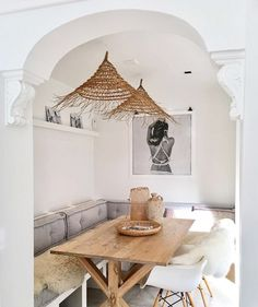 woven lampshades in dining banquette. / sfgirlbybay