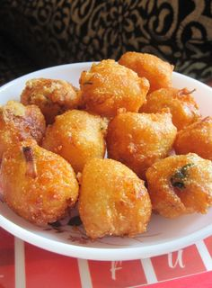 Maida Ponganalu recipe – Ponganalu is a easy and tasty deep fried snack recipe made with three different flours, green chily, onion and curd. Serve with peanut chutney and tea/coffee. Tasty Vegetarian Recipes, Snack Recipes, Cooking Recipes, Cooking Tips, Fast Recipes, Rice Recipes, Cupcake Recipes, Healthy Recipes, Tea Time Snacks