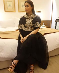 b60e895d727 10 Best Dress like Kareena Kapoor Khan images
