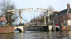 Amsterdam - Magere Brug le jour