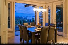 Dining Area. oh pretty