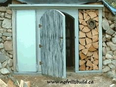 Build a root cellar in the garden // i would kill for one of these!