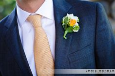 Wedding suit ideas and groomsmen flower ideas.  More great boutonniere ideas at: http://chriswernerphoto.com/blog/2011/03/lake-tahoe-wedding-ideas-planning-a-lake-tahoe-wedding