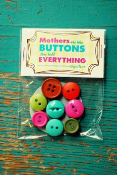 Mothers day button magnets