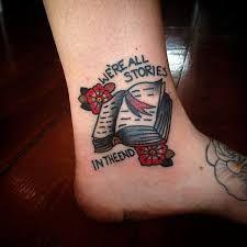 Resultado de imagem para tattoo LIVROS