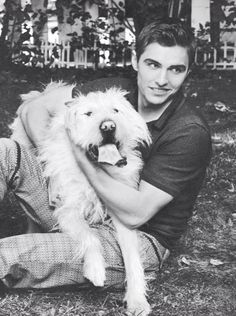 Look how good he looks with a dog dammmnnn