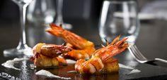 Camarões Grelhados http://winechef.com.br/portfolio-2/gastronomia/entradas/entradas-quentes/