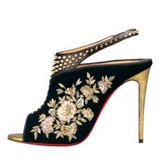 2e0bfdc9d9f  Sabyasachi Showcasing Bespoke  Shoes and  Handbags   SabyasachiChristianLouboutinCollaboration2016  TheSecondChapter   ChristianLouboutin