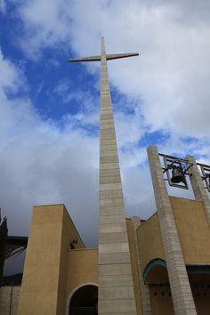 Padre Pio's Church - San Giovanni Rotondo, Puglia St Pio Of Pietrelcina, Southern Province, Catholic Churches, Puglia Italy, Renzo Piano, Mother Teresa, Gothic Architecture, Cathedrals, Pilgrimage