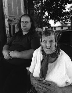 """Appalachian People inbreeding- Shelby Lee Adams - Essays and Interviews: """"Mountain Voices"""" and """"All . Appalachian People, Appalachian Mountains, Shelby Adams, Old Photos, Vintage Photos, Southern Gothic, Exhibition, Portraits, Foto Art"""
