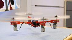 Realizzare un drone passo passo, di errore in errore sino al volo finale. Brick Experiment Channel mostra la costruzione di un drone di mattoncini ...