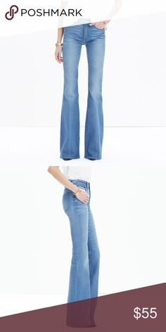 """NWT Madewell Flea Market Flare Jeans in Maribel 24 Tags still attached! Never been worn. Awesome flare jeans from Madewell in Maribel wash. Fits TTS. Front rise 9 3/4"""" and inseam 33"""". 🚫Trades 🚫Paypal Madewell Jeans Flare & Wide Leg"""