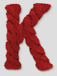 knitted letter k Knitting Stitches, Hand Knitting, Knitting Projects, Crochet Projects, Abc Letra, Crochet Letters, Merry Christmas To All, Letters And Numbers, Yarn Crafts