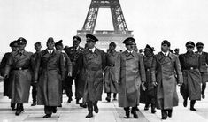Hitler In Paris.Taken at the height of World War Two and after Adolf Hitler had taken Paris, this picture depicts Hitler surveying his conquest with his various cronies and became one of the most iconic photos of the and World War Nagasaki, Hiroshima, Tour Eiffel, Iconic Photos, Old Photos, World History, World War Ii, History Books, Antoine Saint Exupery