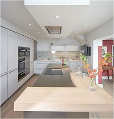 Jolting Useful Tips: False Ceiling Design For Passage curved false ceiling.Contemporary False Ceiling Rain false ceiling design for passage. Kitchen Layouts With Island, Kitchen Island Table, Kitchen Island With Seating, Kitchen Islands, Kitchen Dining, Home Decor Kitchen, Rustic Kitchen, Interior Design Kitchen, New Kitchen