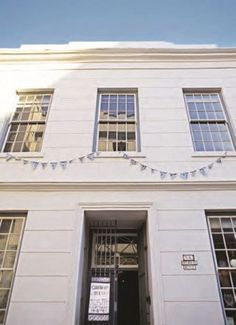 It is crystal clear why Michael Chandler describes Chandler House, his all-in-one space in Cape Town, as a 'curiosity shop'. Chandler House, Creative Office Space, Curiosity Shop, Love Your Home, Work Spaces, Real Estate, Magazine, Lifestyle, Live