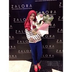 thankyou so much for the appreciation award [ influence blogger&instagramers ] from @zaloraid Asia's biggest online shop thankyou also @hijabchic for supporting my outfit thanks to you guys too for being the best followers ever!!