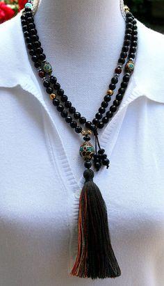 Beautiful faceted onyx gemstone mala necklace